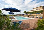 Location vacances  Province de Pise - Agriturismo Santa Vittoria-1
