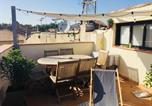 Location vacances Arles - La Maison Nomade-4