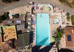 Camping avec Piscine couverte / chauffée Grimaud - Camping Les Lauriers Roses-4