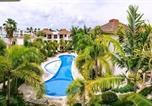 Location vacances  République dominicaine - Bavaro Beach! Safe and Secure apartments-1