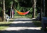 Camping avec Piscine couverte / chauffée Chassiers - Flower Camping Le Plan D'Eau-1