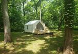 Location vacances Harpers Ferry - Tentrr Signature - Nut Orchard Retreat-1