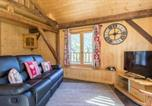 Location vacances Châtillon-sur-Cluses - Apartment with one bedroom in Taninges with wonderful mountain view furnished balcony and Wifi 7 km from the slopes-2