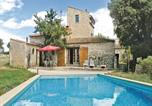 Location vacances Saint-Geniès-de-Malgoirès - Holiday home Ste Anastasie 80 with Outdoor Swimmingpool-3