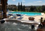 Location vacances  Province de Tarente - Martina Franca Villa Sleeps 4 Pool Air Con Wifi-1