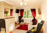 Location vacances Norwich - Stay Norwich Apartment with Parking-2