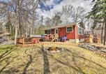Location vacances Walker - Brainerd Lakes Cabin on 2-Acres with Dock and Fire Pit-2