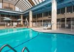 Hôtel Albany - Surestay Plus Hotel by Best Western Albany Airport