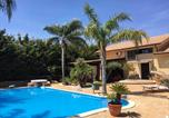 Location vacances Montelepre - Villa with 4 bedrooms in Partinico with wonderful mountain view private pool enclosed garden 9 km from the beach-1