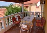 Location vacances Veli Rat - Apartment Tonc-1