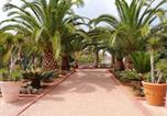 Location vacances Guelmim - House with 4 bedrooms in Mirleft with wonderful sea view shared pool furnished terrace 100 m from the beach-2