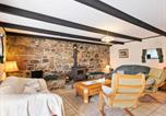 Location vacances Saint-Servais - Graceful Holiday Home in Chapelle Neuve with Swimming Pool-2
