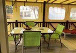 Location vacances  Charente-Maritime - Maison de 2 chambres a Saint Pierre d'Oleron avec piscine partagee et jardin amenage-4