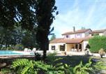 Location vacances Montcléra - La Jonquière un très grand jardin avec piscine-2