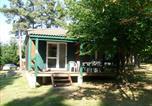 Camping avec Site nature Saint-Bonnet-le-Château - Camping du Lac de Devesset-2