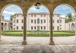 Location vacances  Province de Vicence - Courtyard-1