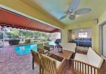 Location vacances Coral Springs - Waterfront Hideaway with Heated Pool, Dock & Garage home-3
