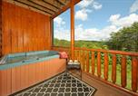 Location vacances Sevierville - Knotty by Nature-4