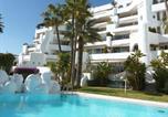 Location vacances Torremolinos - Apartment Castillo San Carlos-1