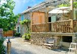 Location vacances Milhars - House with 2 bedrooms in Sanvensa with enclosed garden and Wifi-2