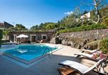 Location vacances Santa Maria di Licodia - Villa Milia Villa Sleeps 4 Pool Air Con Wifi-3