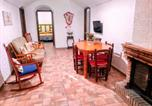 Location vacances Fiñana - Apartment with 3 bedrooms in Cortes y Graena with wonderful mountain view and enclosed garden 89 km from the slopes-2