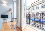 Location vacances Porto - Lovelystay - Porto Windows with Ac by central station-3
