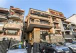 Location vacances New Delhi - Elite 1br Stay in Greater Kailash, Delhi-1