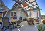 Location vacances Oakhurst - Mariposa Home w/Furnished Patio & Sierra Mtn Views-1