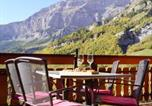 Location vacances Albinen - Romantic Attic Apartment Edelweiss A42-3