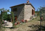 Location vacances Subbiano - Piaggia di Sopra Villa Sleeps 2 Pool Air Con Wifi-1