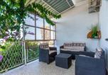 Location vacances Podstrana - Amazing apartment in Podstrana with Wifi and 2 Bedrooms-3
