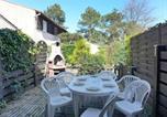 Location vacances  Gironde - Holiday Home Les Landaises.8-1