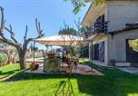 Location vacances Sant Andreu Salou - Vidreres Villa Sleeps 10 Pool Wifi-4