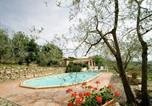 Location vacances Bucine - Pieve A Presciano Villa Sleeps 6 Pool Wifi-1