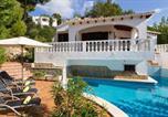 Location vacances Son Bou - Villa Luciana-1