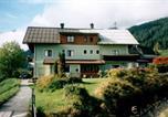 Location vacances Russbach am Pass Gschütt - Appartement Neuwirt-1