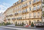 Hôtel Karloby Vary - Spa Hotel Iris-1