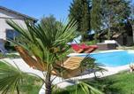 Location vacances Lagarde-Hachan - Le Néflier Le Figuier-1