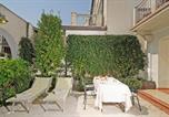 Location vacances Gardone Riviera - Savoy Garden Apartment-1
