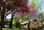 Camping avec Piscine Vinsobres - Hôtel de Plein Air Suze Luxe Nature-3