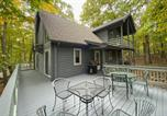 Location vacances Waynesboro - Wintergreen Home with Deck - Near Skiing and Hiking!-3