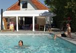 Camping avec Piscine couverte / chauffée Patornay - Camping La Saline-1