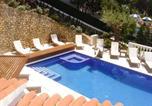 Location vacances Son Bou - Son Bou Villa Sleeps 12 Pool Air Con Wifi-3