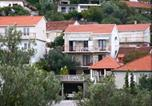 Location vacances Trpanj - Apartments Zdenka-1