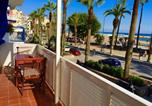 Location vacances  Province de Barcelone - Sitges Seafront Ribera Apartment-2