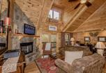 Location vacances Blue Ridge - The Retreat Cabin-4