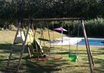 Location vacances  Creuse - –Holiday home Chemin de Baleyres-4