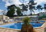 Camping avec Parc aquatique / toboggans Pays de la Loire - La Pomme de Pin - Camping Paradis-1