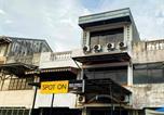 Hôtel Padang - Spot On 2051 Sho Family Homestay & Resto-4